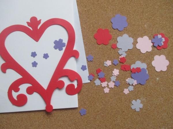 Set confecționare 20 felicitări inimă cu flori